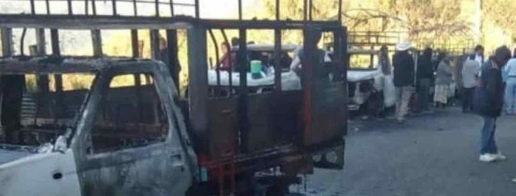 Queman una decena de vehículos en municipios de Chiapas