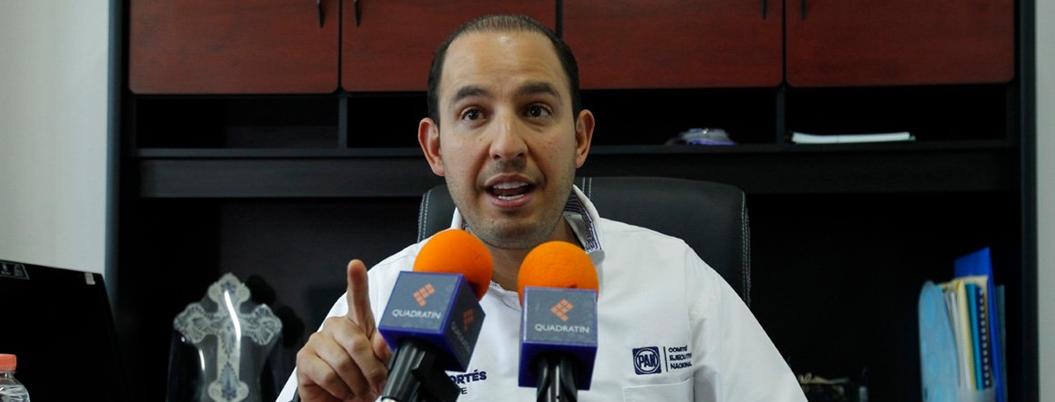 """Marko Cortés no sabe guardar silencio: """"AMLO provoca un caos"""""""