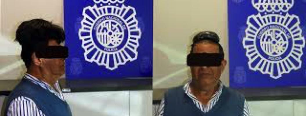 Colombiano intentó meter cocaína debajo de su peluquín a Barcelona