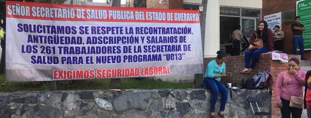 Extrabajadores de Prospera exigen seguridad laboral en Chilpancingo