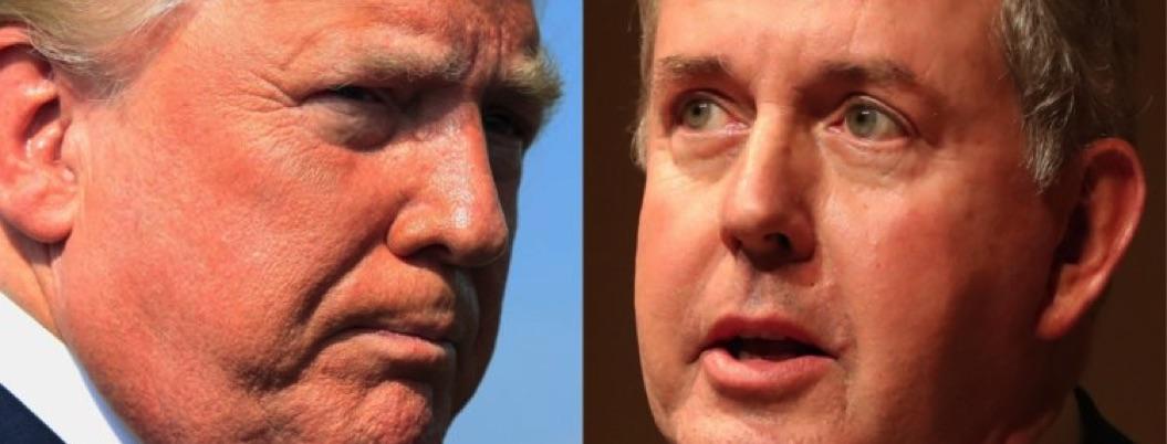 Renuncia embajador de Reino Unido en EU tras polémica con Trump