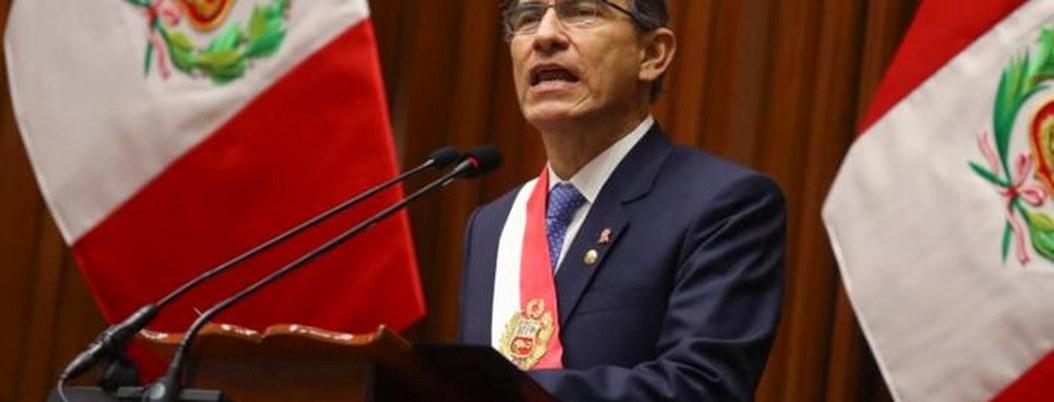 Martín Vizcarra propone recortar su mandato y adelantar elecciones