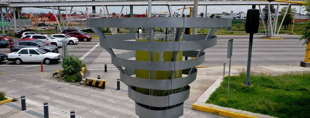 CDMX opta por árboles artificiales para combatir la contaminación