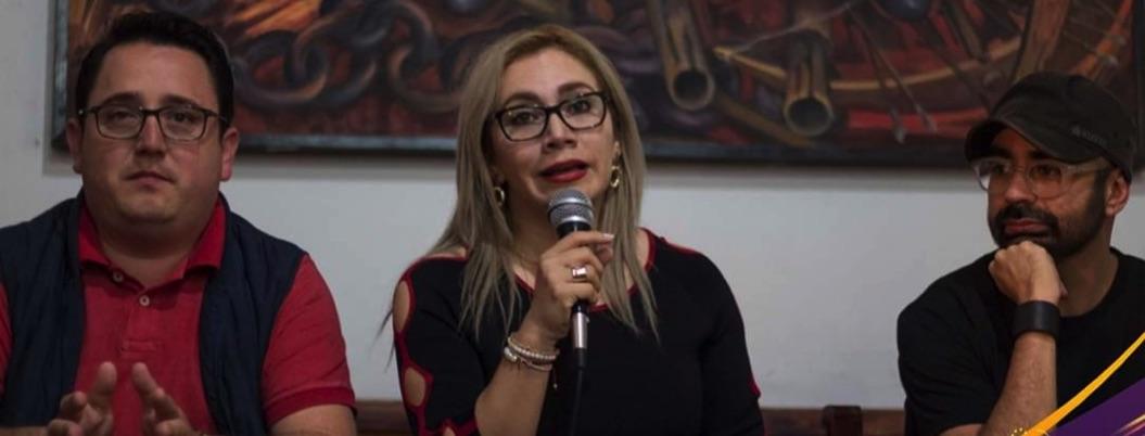 Dejan en la calle a alcaldesa de Tixtla: le embargan todo