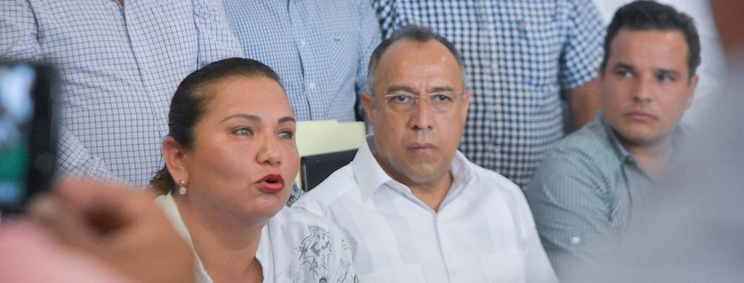 """Huicochea defiende a Rosario Robles: """"encarcelarla es un exceso"""""""