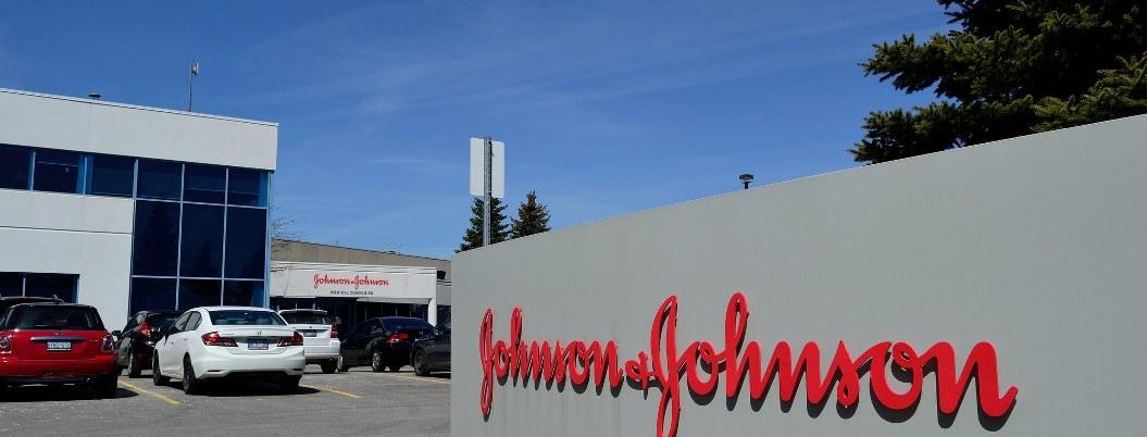 Johnson & Johnson tendrá que pagar  572 mdd por contribuir a adicciones