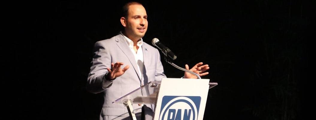 Cortés culpa a Andrés Manuel por el estancamiento económico de México
