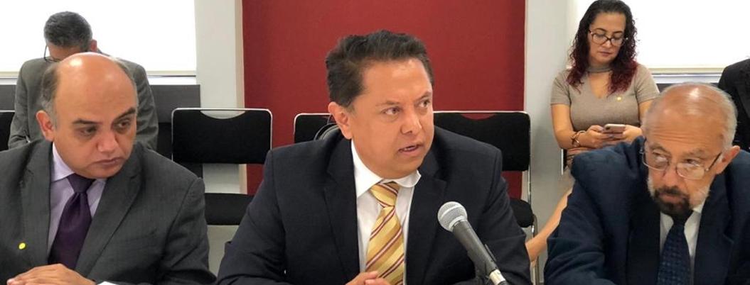 Sandoval evalúa integración de maestros no Fone a nómina federal