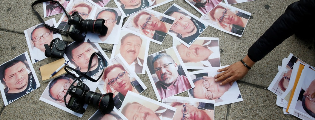Subastas de AMLO apoyarán a familias de periodistas asesinados