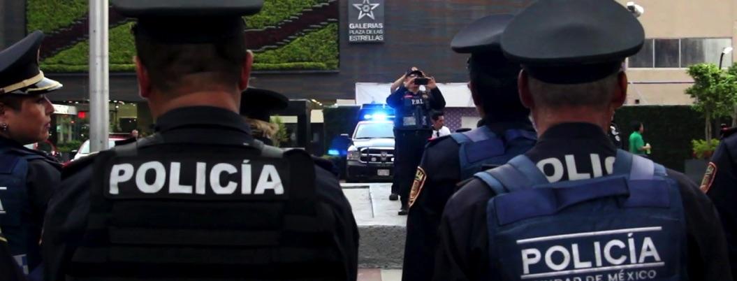 Detienen a policía en CDMX: mujer lo acusa de haberla violado en el MP