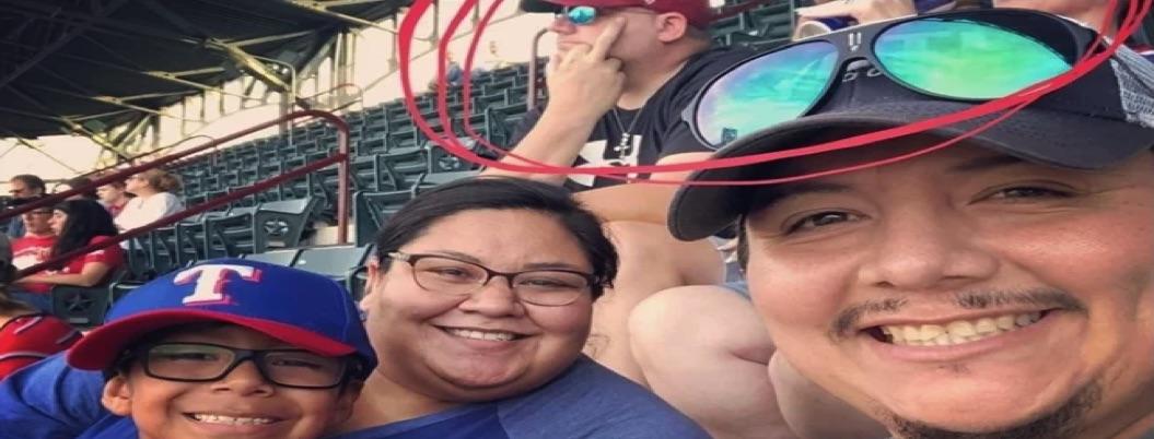 Racista infame discriminó a familia mexicana en juego de los Rangers