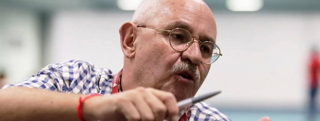 México lee más de lo que dicen las encuestas, afirma Benito Taibo