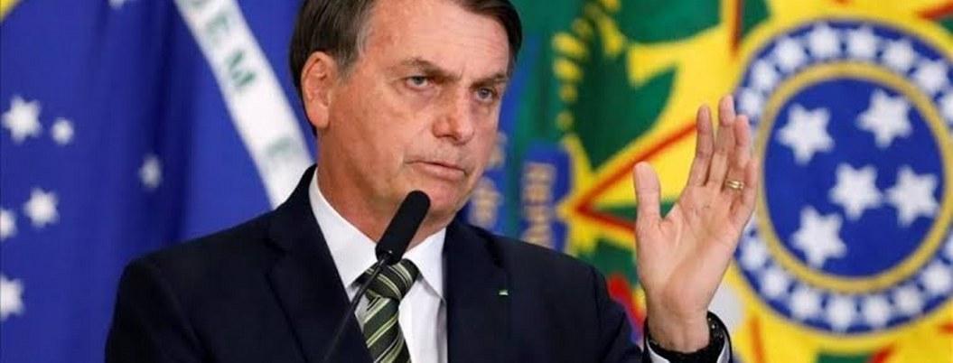 Bolsonaro va por cuarta cirugía tras ser acuchillado hace un año