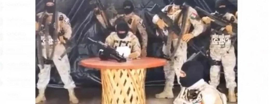 """Hombres del CJNG armados con Barretts, lanzan amenazas a """"El Abuelo"""""""