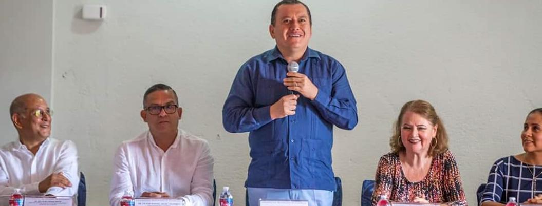 Delincuentes saquearon dos escuelas de la UAGro, denuncia rector