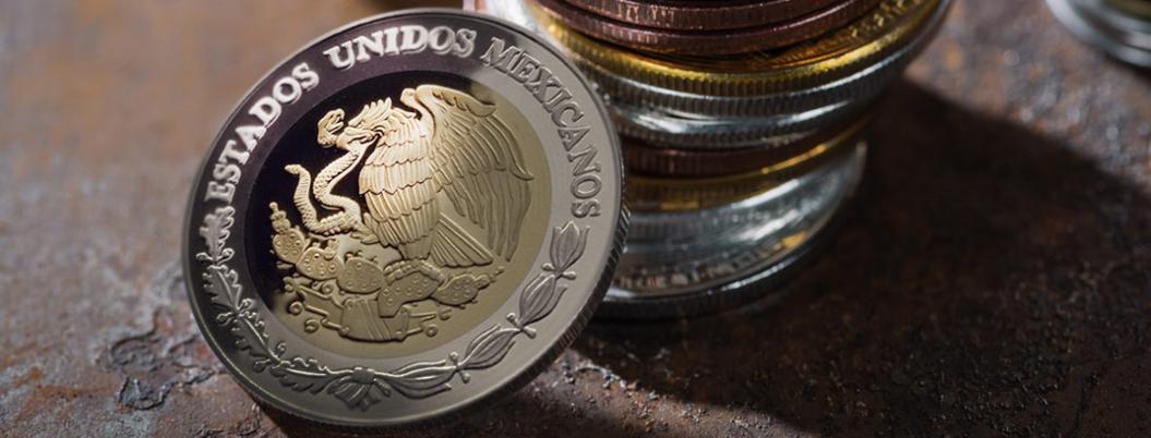 """Fantasma de """"recesión"""" asusta a mexicanos; buscan definición en Google"""