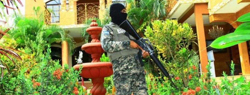 México busca hacerse de los bienes del Chapo; EU, la barrera