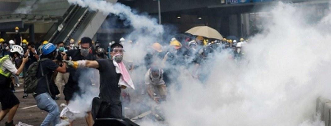 Hong Kong contempla intervención de China si protestas empeoran