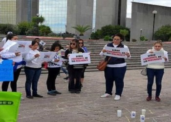 Madres exigen a AMLO surta medicina para niños con cáncer en NL 3