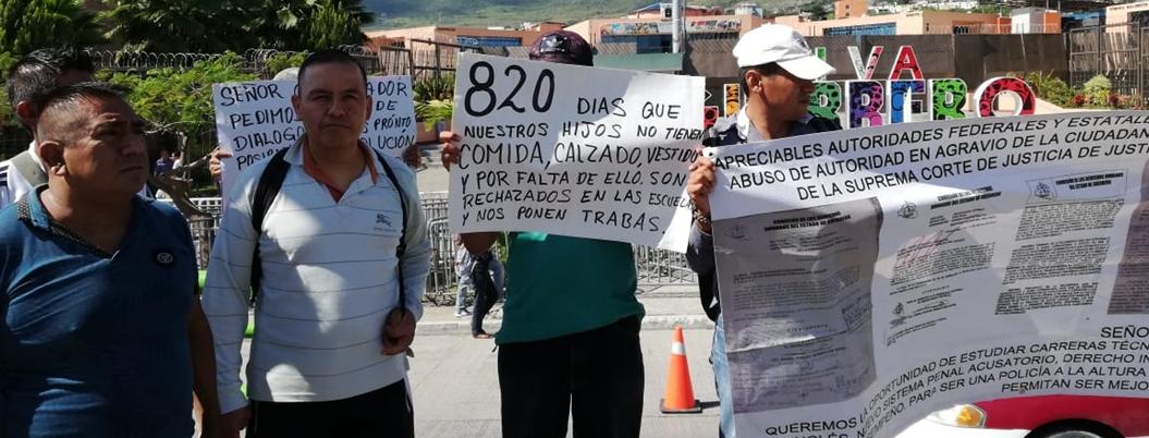 Policías estatales despedidos exigen su liquidación en Chilpancingo