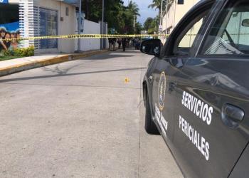Acapulco: lanzan cadáveres de 2 asesinados y con huellas de torturas en la vía pública 8