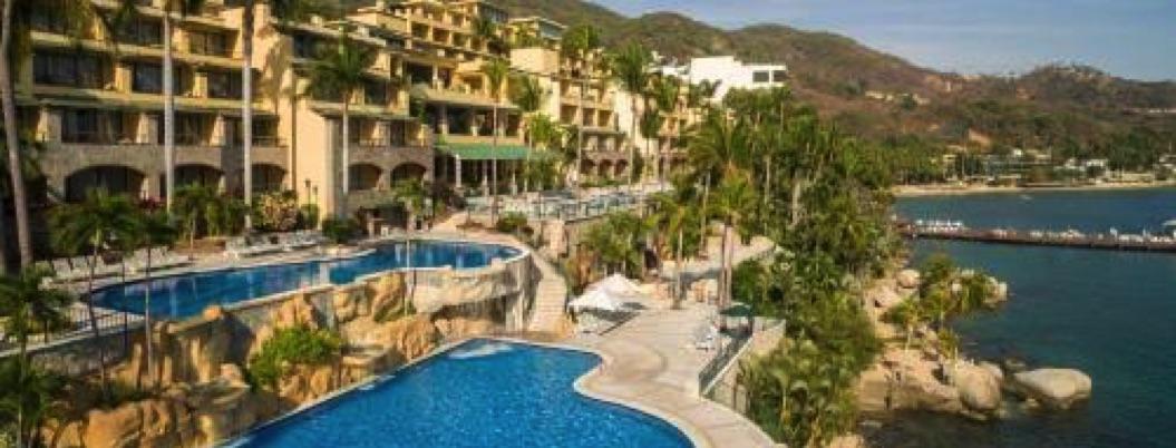 Hoteles de super lujo sufren ya la falta de agua que azota a Acapulco