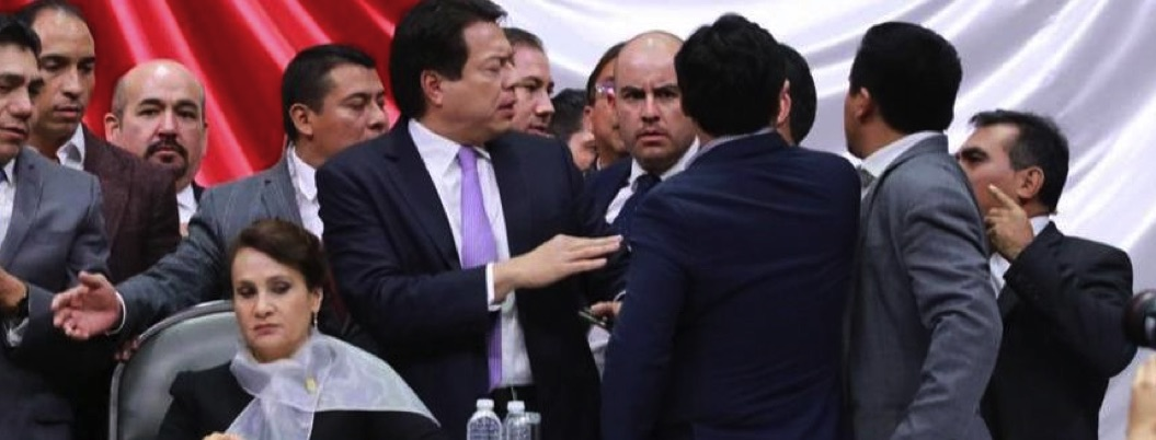 """Madrugan a Morena en Congreso; hay conato de bronca por """"Ley Nieto"""""""