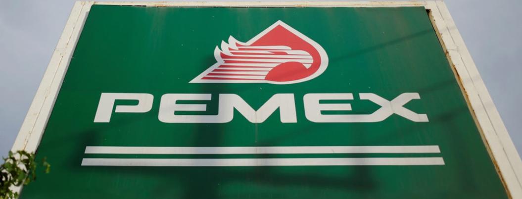 Pemex refuerza austeridad por baja en precios del petróleo