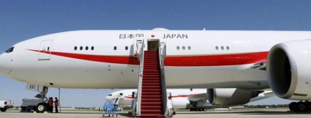 Cocina del avión de Shinzo Abe sufre incendio leve