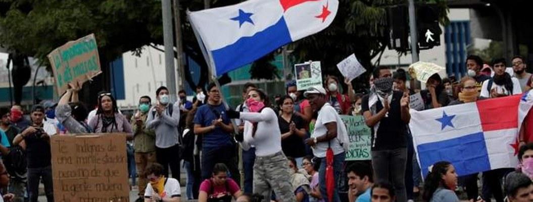 Panameños toman las calles en exigencia de reformas constitucionales