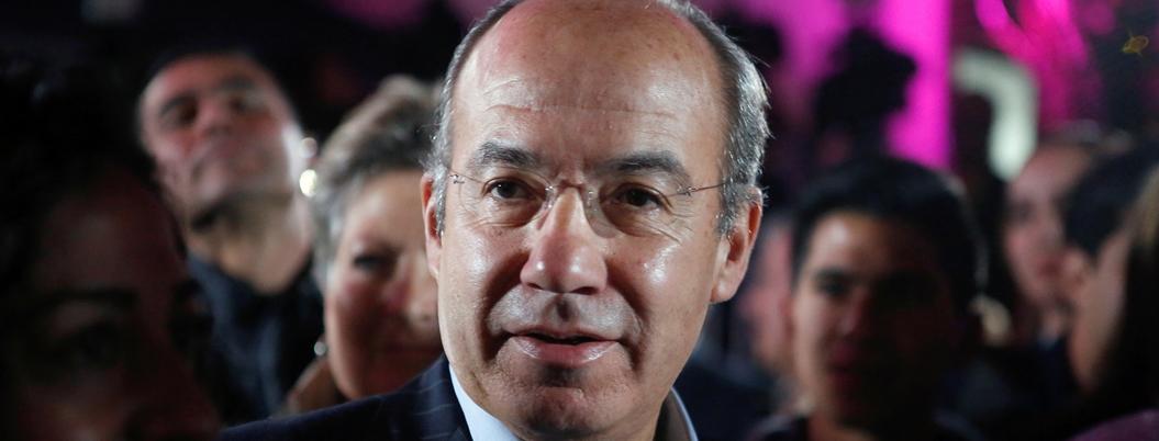 """Bots de AMLO le hacen """"los mandados"""", dice Calderón por ataques"""