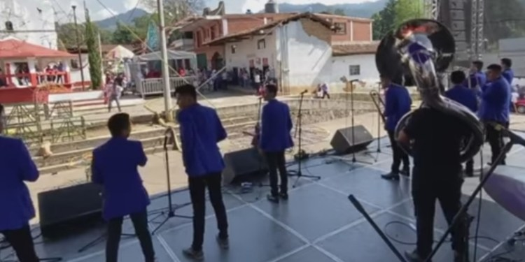 Asesinan a tres integrantes de grupo musical de Iguala en Edomex 1