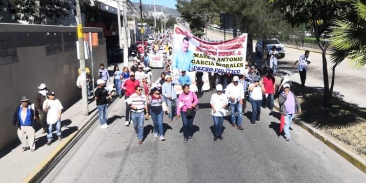 Exigen liberación de funcionario de Tlapa en Chilpancingo 1