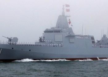 Irán, Rusia y China muestran poderío naval 8
