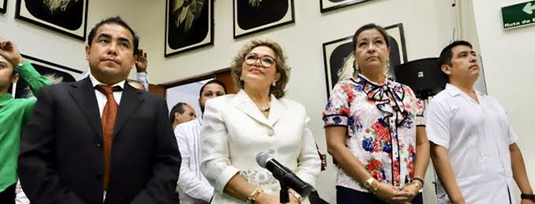 Síndico se quedará a cargo de Ayuntamiento por viaje de Adela Román