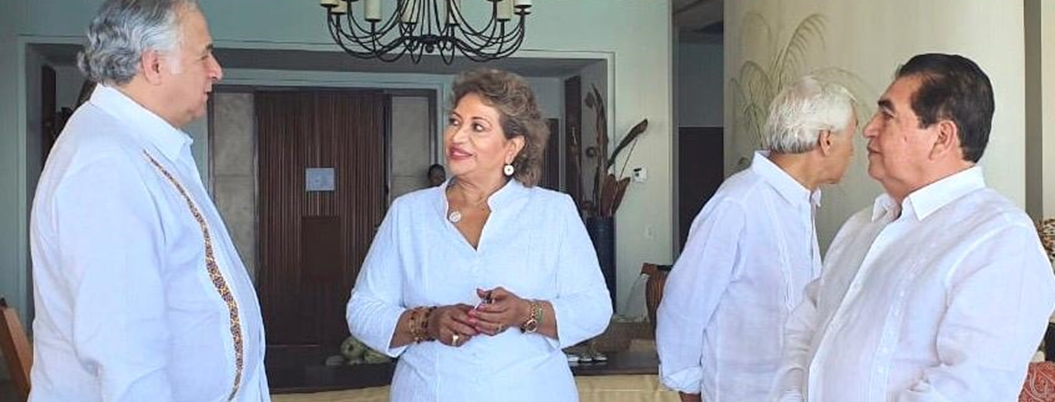 Adela promueve inversión para revivir a Acapulco