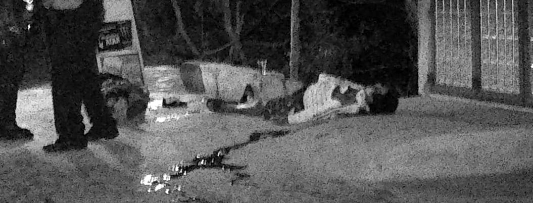 Acribillan con decenas de balazos a 2 albañiles y taquero en Taxco