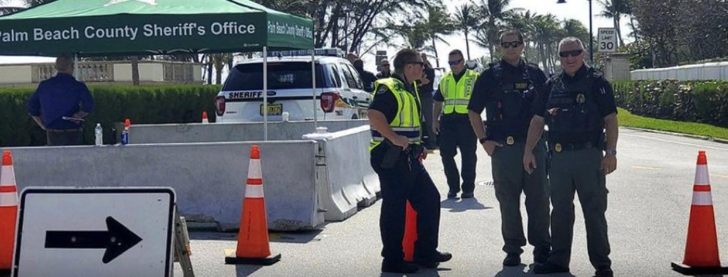 Vehículo cruza valla de seguridad en residencia de Trump en Florida