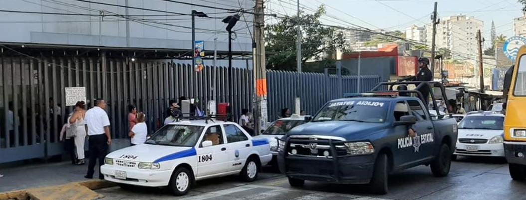 Roban cajero en hospital del ISSSTE en Acapulco