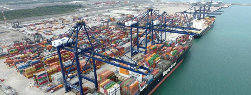Cargas se reducen 4.3% en puertos de México