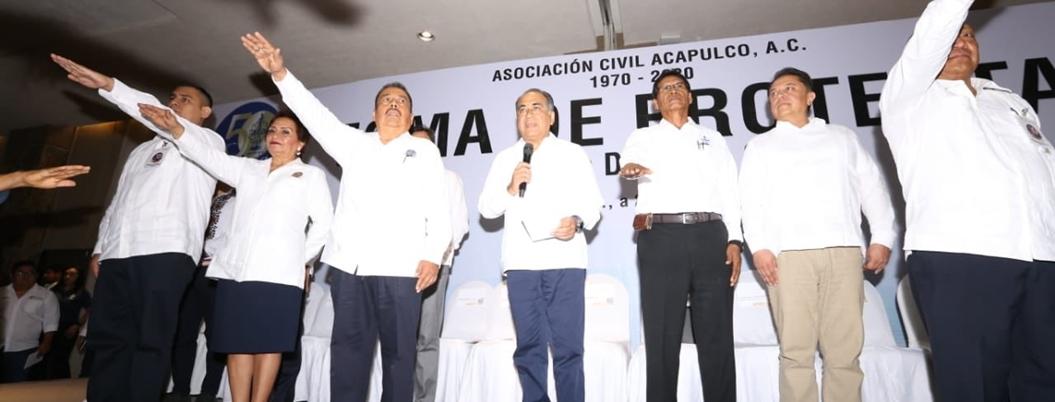 Astudillo anuncia abasto de medicamentos en el Iecan