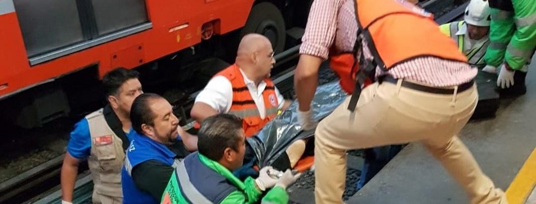 Niña de 15 años muere en las vías den Metro Nezahualcóyotl