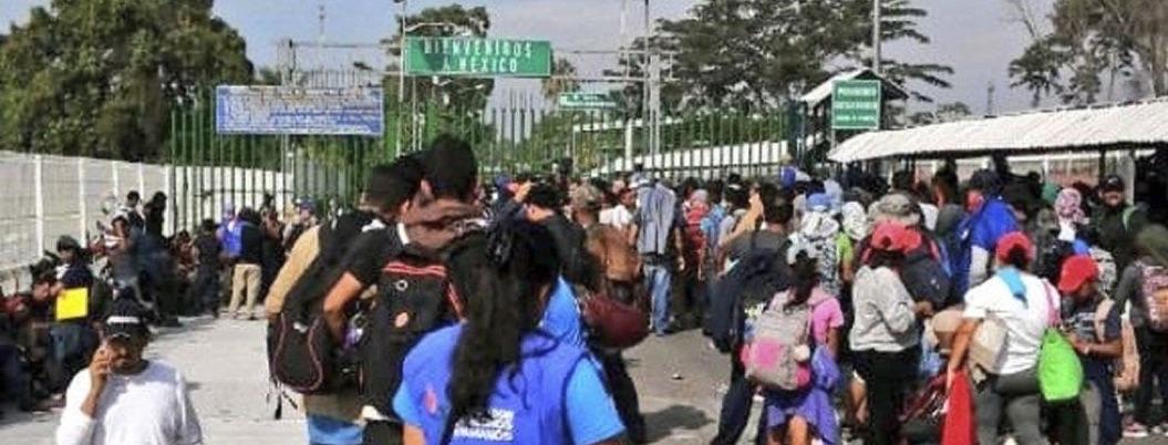 Ingresan a México migrantes que aceptan registrarse con INM