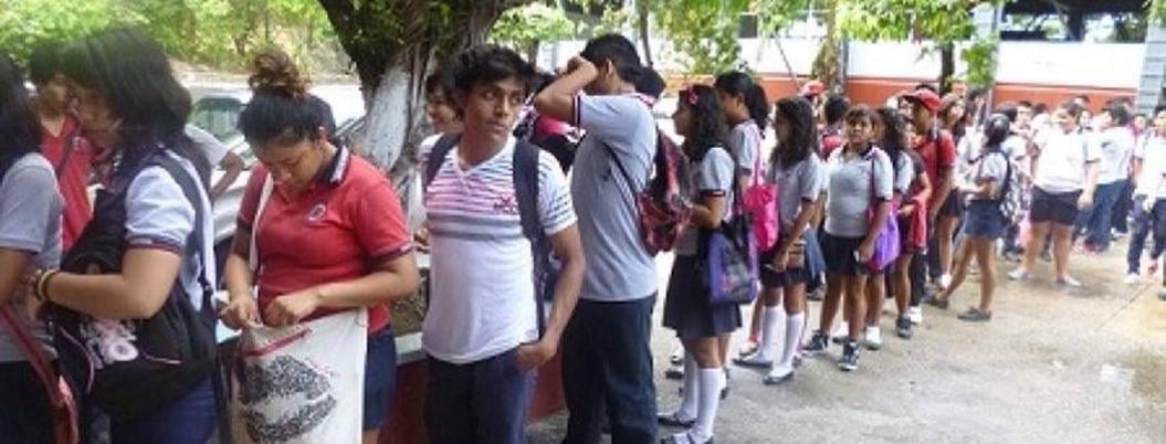 Estudiantes piden operativo Mochila Segura para todos en la UAGro