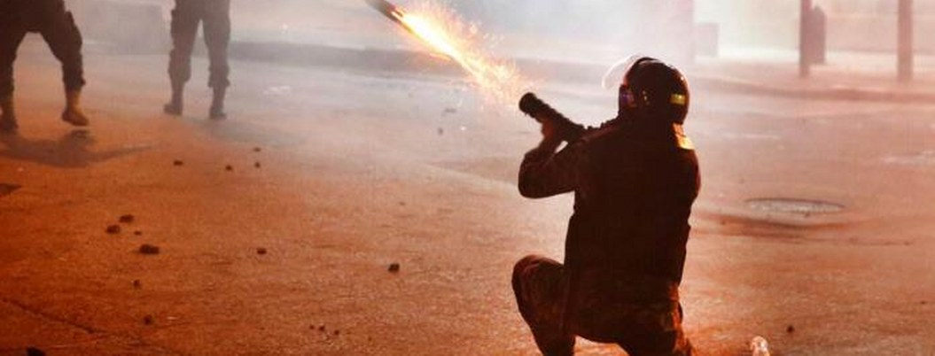 Policía de Líbano dispara contra manifestantes