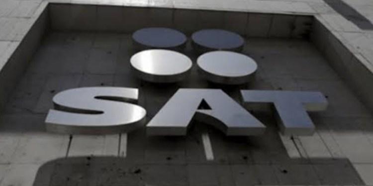 El SAT recabaría datos de contribuyentes con fotos y grabaciones de sus celulares 1