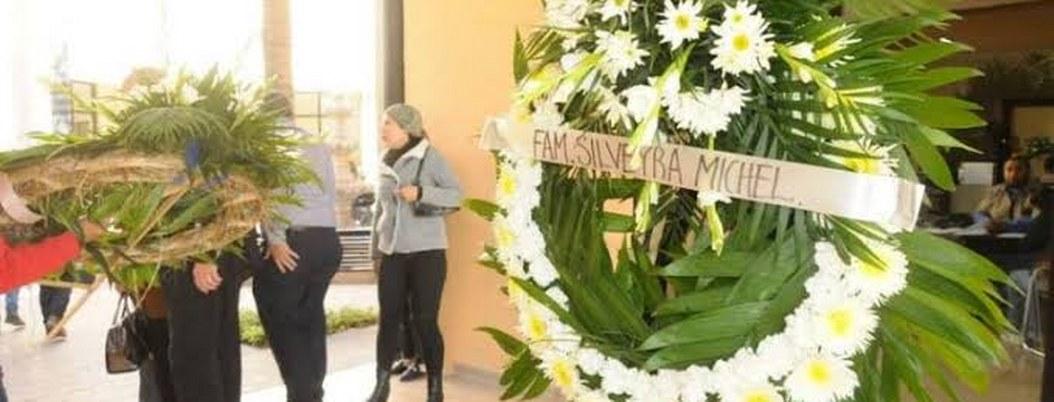 Familiares y alumnos despiden a maestra asesinada en Torreón