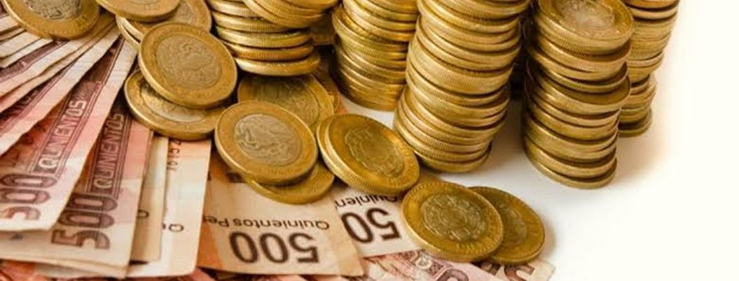 Hacienda desborda optimismo: augura que economía crecerá 2%