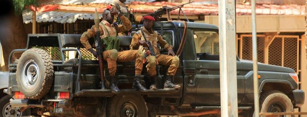 Atacan iglesia en Burkina; hay 24 muertos y 18 heridos