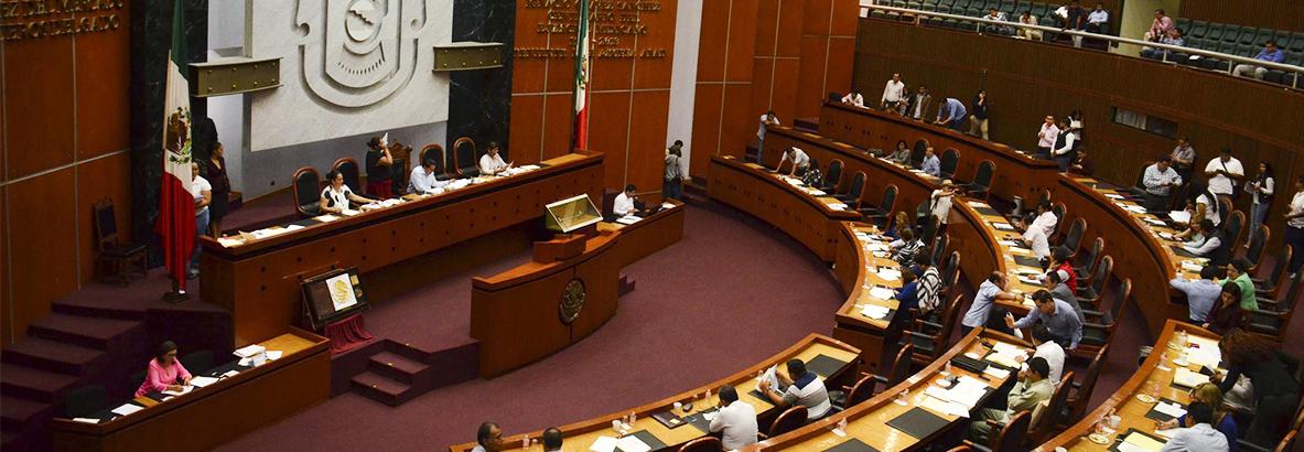 Morena Guerrero acuerda agilizar los temas pendientes en Congreso